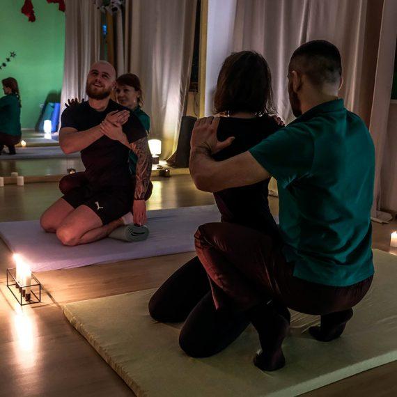 """Романтичне побачення. Оздоровчий центр """"Баланс"""". Йога у Житомирі. Йога та японський масаж для двох_03"""