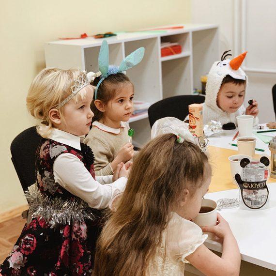 Англійська мова для дітей у Житомирі. Дитячий мовний центр_05