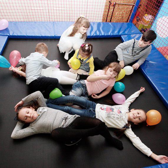 Игровая комната в Житомире. Развлечение для детей. Няня Житомир